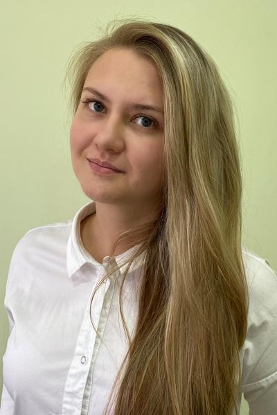 Махнева Елизавета Дмитриевна